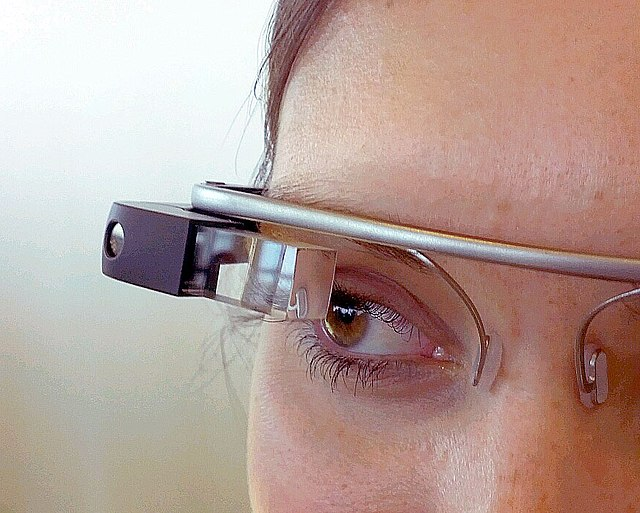 http://upload.wikimedia.org/wikipedia/commons/thumb/7/76/Google_Glass_detail.jpg/640px-Google_Glass_detail.jpg