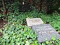 Grab Gerhard Becker friedhof heerstraße 2018-05-12 24.jpg