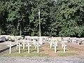 Gricourt (Aisne) cimetière, carré militaire.JPG