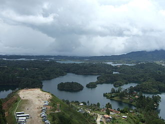 Guatapé - Guatape view from la piedra