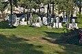 Hřbitov za mešitou - panoramio.jpg