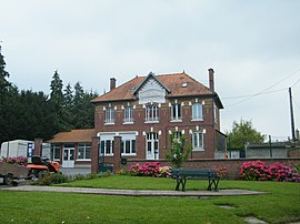 The town hall and school in Hervilly