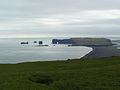 Hjorleifshofdi. Berg och klippor pa Islands sydkust.jpg