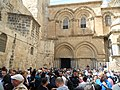 Holy Fire in Jerusalem2 2018-04-07 (27461956778).jpg