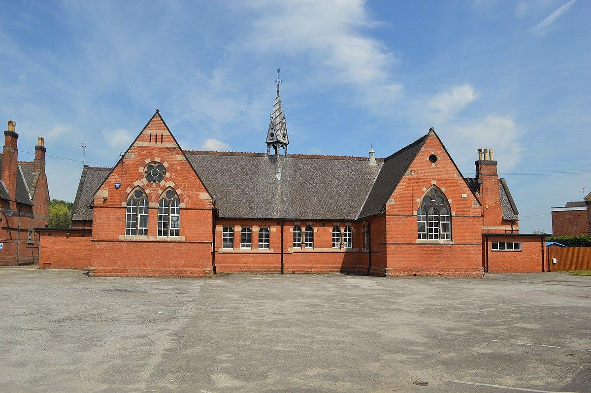 Holy Trinity School, Burton upon Trent.jpg