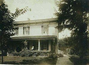 Evansville, Wisconsin - Image: Home of Andrews Family in Evansville Wisconsin Circa 1890(Websize 84k)