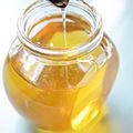 Honey (16759909410).jpg