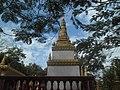 Hram u Banlungu, Kambodža.jpg