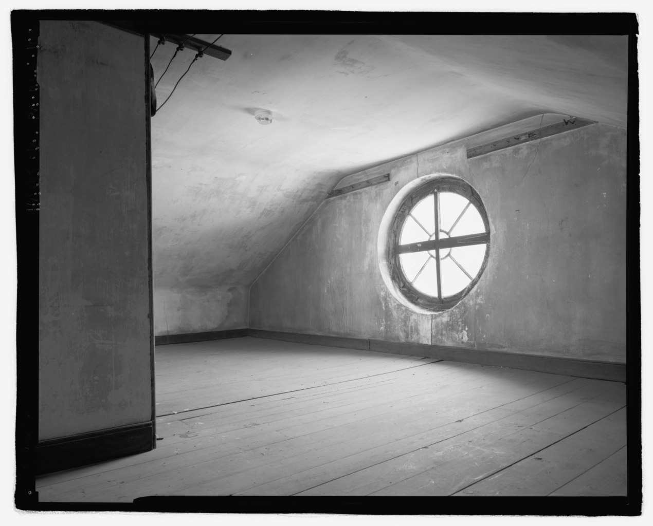 File Interior View West Wall Of Northwest Attic Chamber This Spacious
