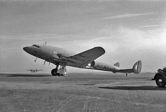 De Havilland Albatross - A BOAC de Havilland Albatross at Bristol (Whitchurch) Airport, c. 1941