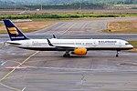 Icelandair, TF-ISD, Boeing 757-223 (42249488395).jpg
