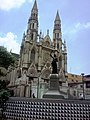Iglesia de Nuestra Sra. de Lourdes Y plaza Italia, Av San Martin, Caracas - panoramio.jpg
