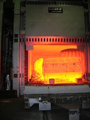 High-temperature insulation wool - Industrial furnace equipped with HTIW in operation