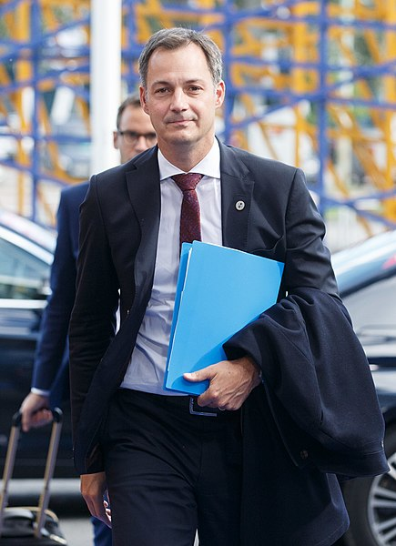 File:Informal meeting of ministers responsible for development (FAC). Arrivals Alexander De Croo (36766610160) (cropped).jpg