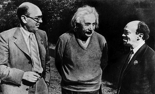 Itzik Feffer (left), Albert Einstein and Solomon Mikhoels in the United States in 1943. Feffer was executed on the Night of the Murdered Poets and rehabilitated posthumously in 1955, after Stalin's death.