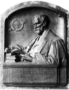 Photograph of bronze memorial tablet of Willard Gibbs