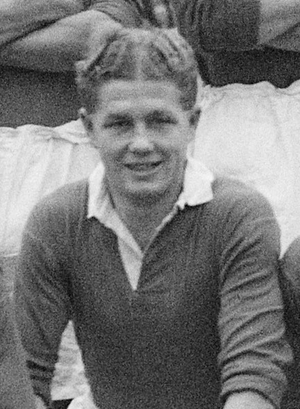 Jimmy Bowie - Bowie in a Chelsea team photo, November 1947