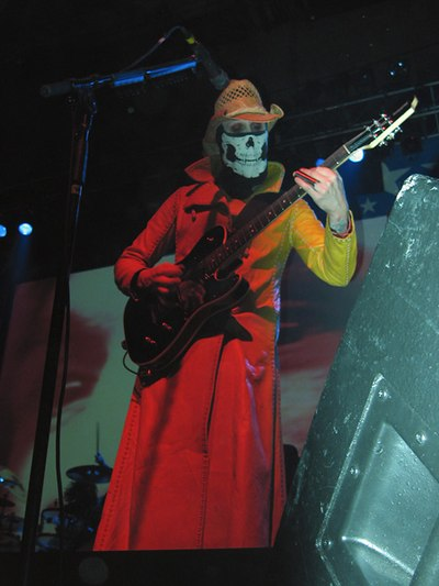 Picture of a band or musician: John 5