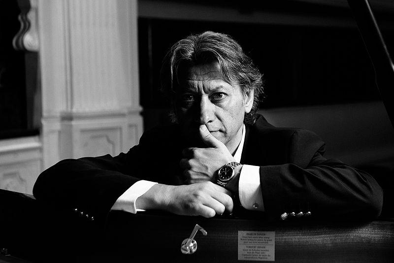 File:Julio Mazziotti - Pianista Compositor Argentino.jpg