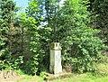 Kříž poblíž domu 19 ve Starých Křečanech (Q104983698).jpg