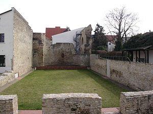 Aula regia - Image: Kaiserpfalz 1 Ingelheim
