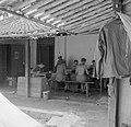 Kantoor van de bataljonsstaf van de 1ste Divisie van het 8ste Regiment Infanteri, Bestanddeelnr 255-8255.jpg