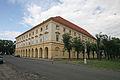 Kasárna - bývalé posádkové velitelství (Terezín).JPG