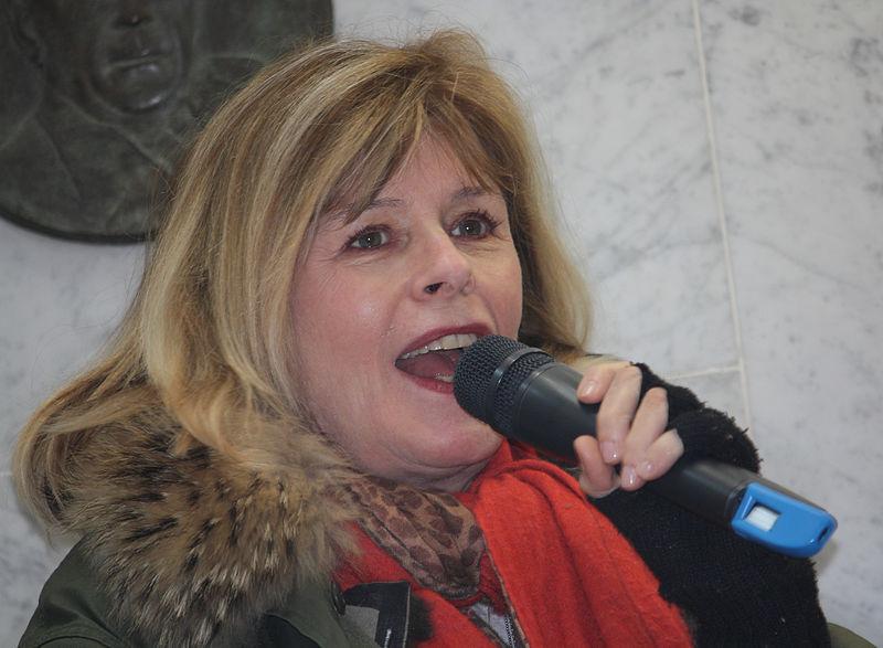 L'écrivaine française Katherine Pancol à l'occasion de la Journée mondiale du livre à Helsinki en 2012 - Source : WIkimedia.