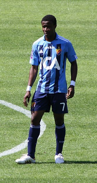 2008 Division 1 (Swedish football) - After transferring to Djurgårdens IF Kennedy Igboananike also became a top ten goalscorer in the 2010 Allsvenskan.