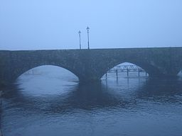 Killaloe-Ballina Bridge over the River Shannon.jpg
