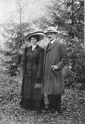 Marie Hamsun - Marie with her husband Knut in 1909