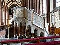 Kravaře, kostel svatého Bartoloměje, kazatelna.JPG