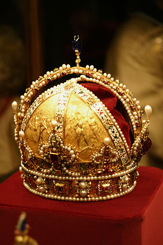 Half-arch (crown) - Crown of Rudolf II The Crown of the Austrian Empire.