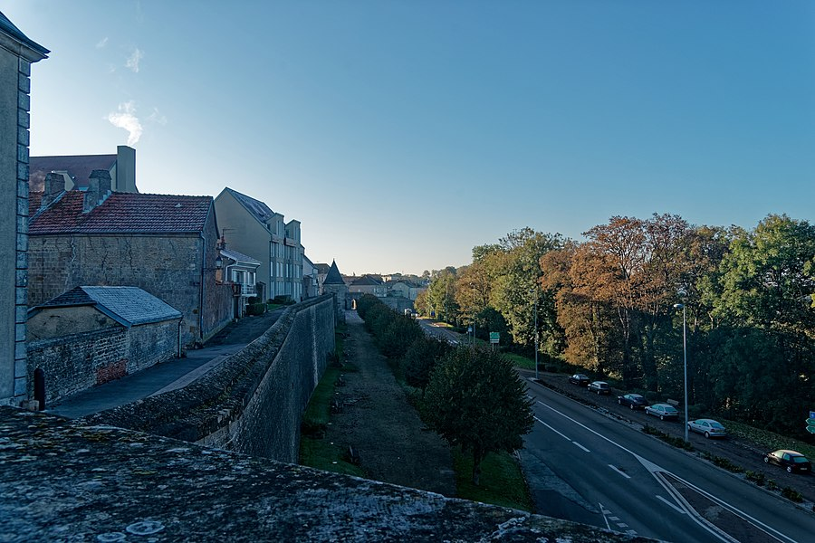 Langres - Rue Marceau - View South towards Tour Saint-Didier