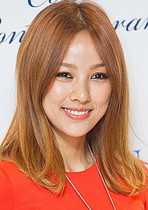Lee Hyori, 2012 (cropped).jpg