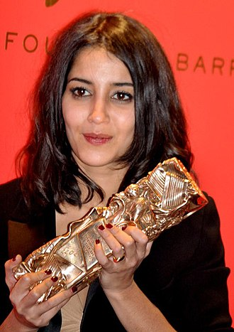 Leïla Bekhti - Bekhti with her César Award for Most Promising Actress for Tout ce qui brille.