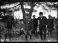 Les manoeuvres du Sud-Est 1936 - le général Gamelin donnant des explications à M. Churchill.jpg