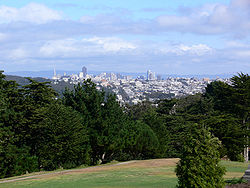 Lincoln Park, San Francisco, California. View of San Francisco from the Lincoln Highway Western Terminus in front of the Palace of the Legion of Honor