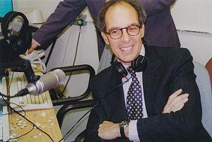 Loyd Grossman - Image: Loyd Grossman opens Pulse FM student radio station, 1999