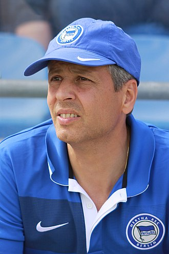 Lucien Favre - Favre as Hertha BSC manager in 2009
