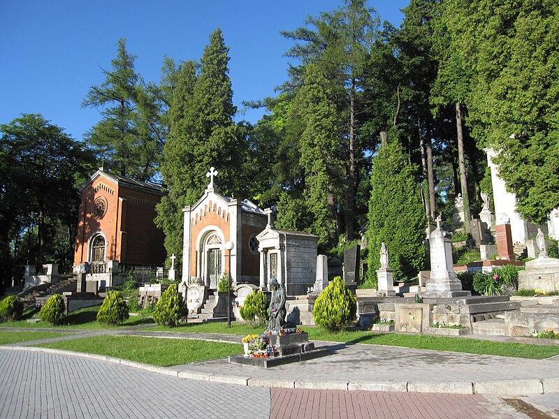 Plik:Luetzenhofer Friedhof 006.JPG