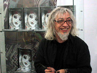 "Luis Royo - Luis Royo and ""Dead Moon"" books"