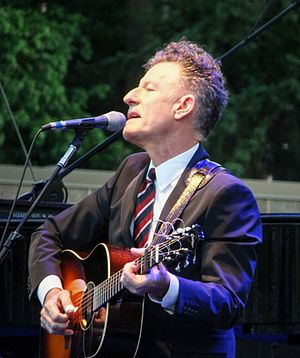 Lyle Lovett - Lovett performing at the Oregon Zoo, July 2016
