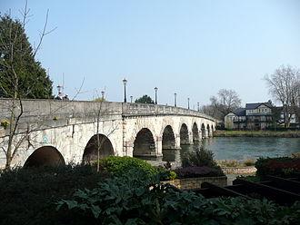 Maidenhead Bridge - Maidenhead Bridge in 2011