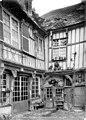 Maison de François Ier - Cour intérieure - Abbeville - Médiathèque de l'architecture et du patrimoine - APMH00004015.jpg