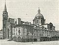 Mantova Porticato in piazza delle Erbe e Basilica di Sant'Andrea.jpg