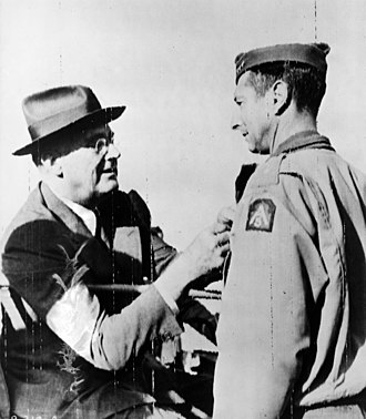 Mark W. Clark - Clark being awarded the Distinguished Service Cross by President Franklin D. Roosevelt in Castelvetrano, Italy, December 13, 1943.