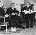Marszałek Józef Piłsudski w Genewie (22-348-2).jpg