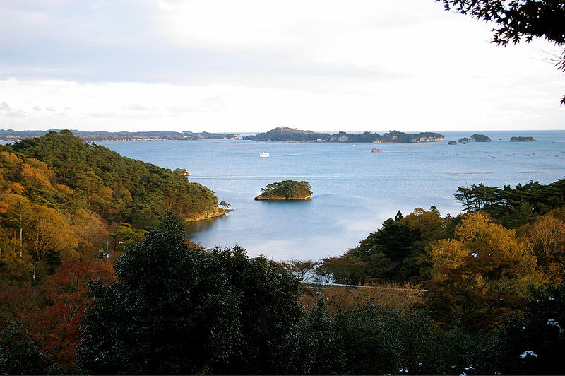 http://upload.wikimedia.org/wikipedia/commons/thumb/7/76/Matsushima_ogidani23Nov07.jpg/800px-Matsushima_ogidani23Nov07.jpg