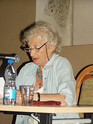 Miriam Akavia - Image: Miriam Akavia 03